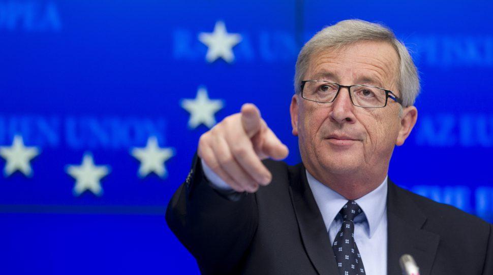 procedury KE sądowych Jean-Claude Juncker: Jeżeli Rumunia nie cofnie reformy sądownictwa, może zapomnieć o strefie Schengen