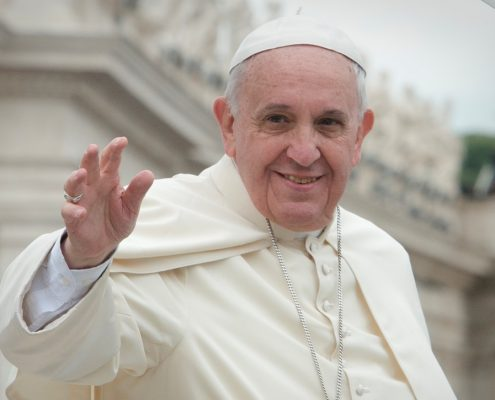 """62 duchownych i uczonych katolickich zaniepokojonych """"propagowaniem herezji"""" przez papieża Franciszka"""