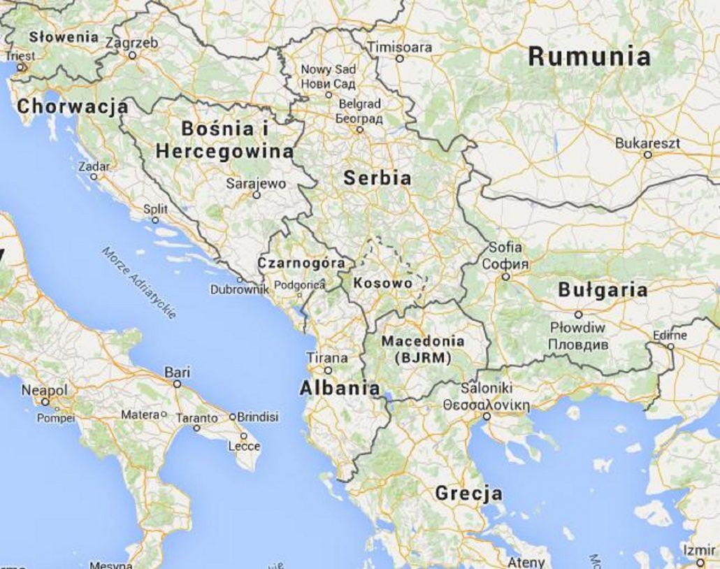 Kosowo Albanczycy Probowali Podpalic Domy Powracajacych Serbow