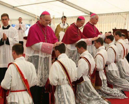 Kapłan z Bractwa św. Piusa X o kryteriach współpracy z Rzymem