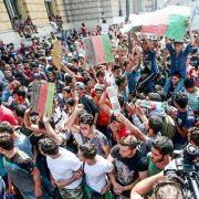 W Niemczech coraz więcej cudzoziemców. Niemcy: Imigranci-analfabeci nie są w stanie nauczyć się języka przyspieszenie niemieckiego liczby