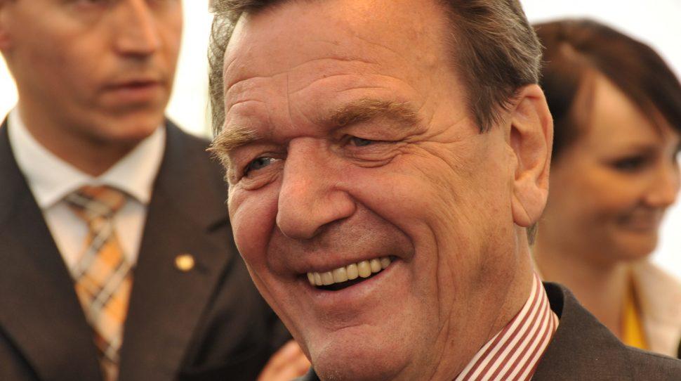 Schroeder otrzymał najwyższe czeskie odznaczenie - Order Lwa Białego