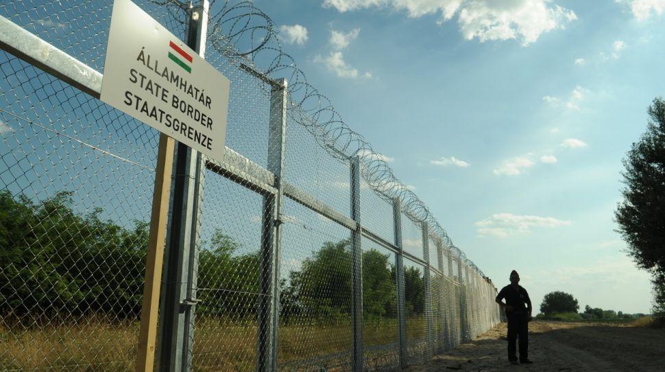 Węgry chcą od KE zwrotu 400 mln euro za ochronę granic przed nielegalnymi imigrantami