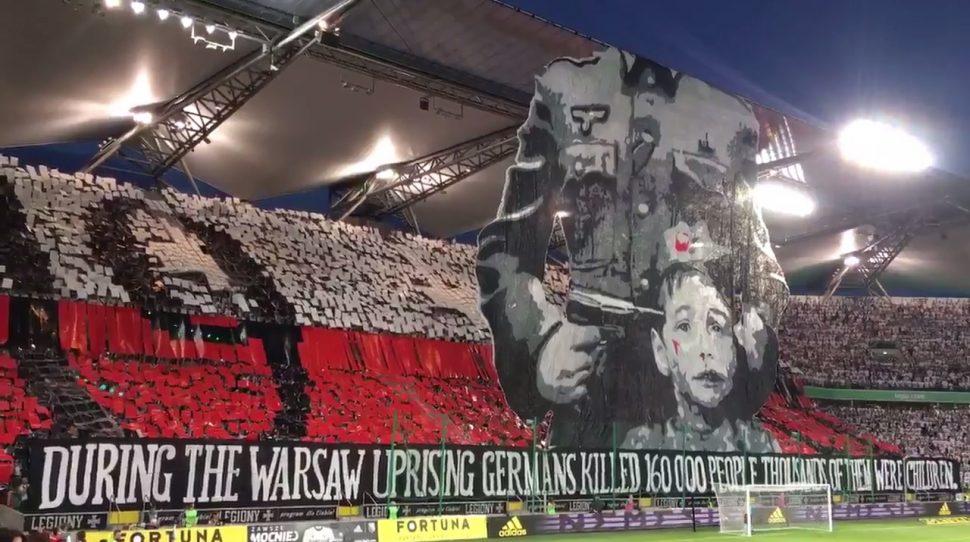 Oprawa kibiców Legii Warszawa