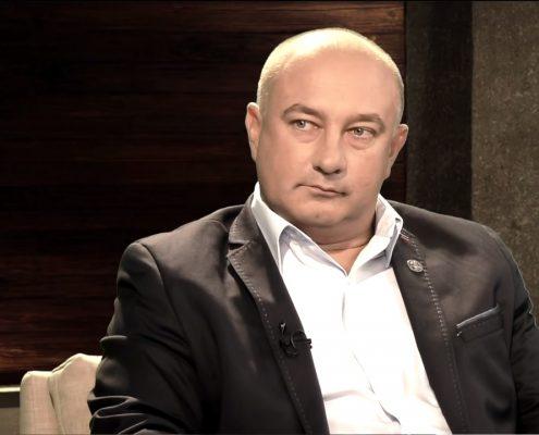 Płużański uważa, że Polska powinna podnieść temat odszkodowań za rzeź wołyńską