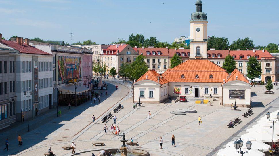 Zniszczono patriotycczny mural w Białymstoku