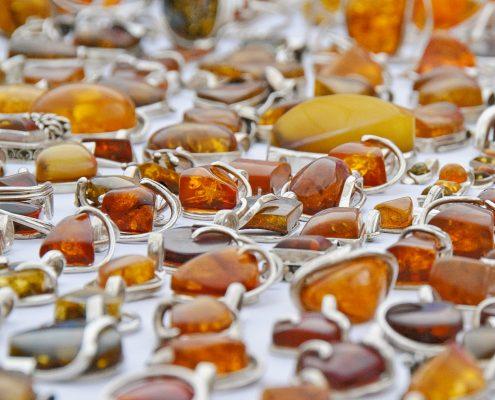 Rosja chce przejąć od Polski pozycję lidera w produkcji biżuterii z bursztynu