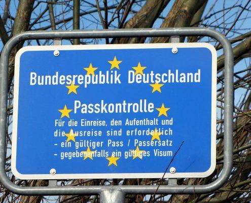 The Times: Niemcy i Francja chcą prawa do zawieszania strefy Schengen nawet na 4 lata