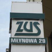 Media: PiS wprowadzi emerytury obywatelskie na poziomie 1000 zł brutto