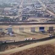 Prototypowe odcinki muru, foto: youtube.com