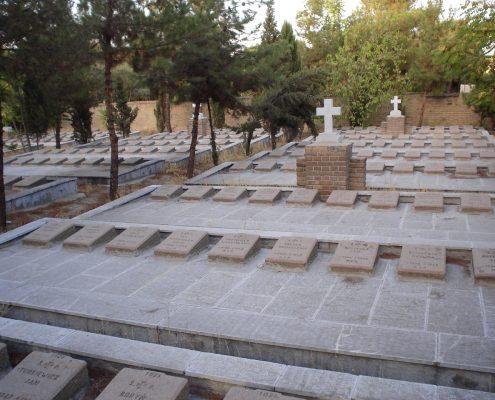 Irańscy celnicy przetrzymują polskie pomniki mające upamiętnić armię Andersa