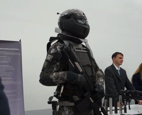 Prezentacja pancerza przyszłości rosyjskiego żołnierza [+VIDEO]