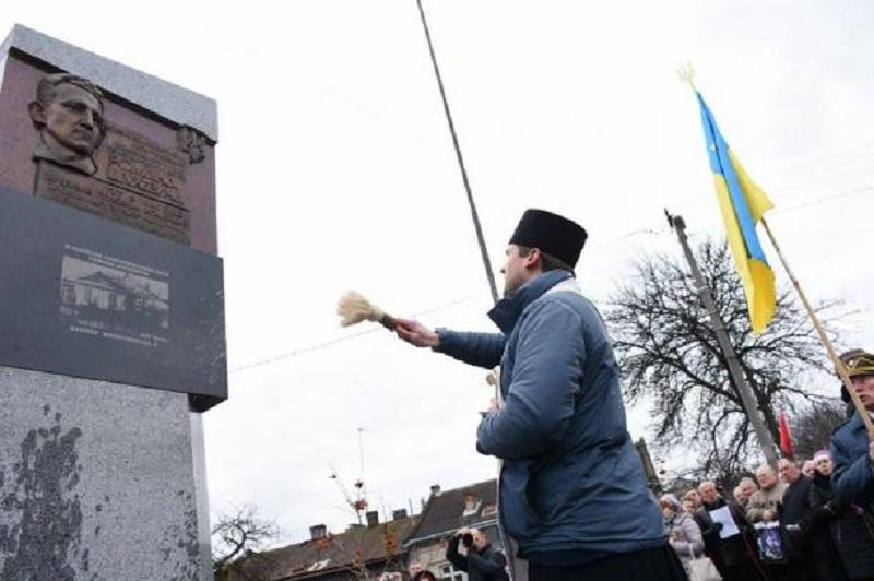 Odsłonięcie pomnika Szuchewycza we Lwowie