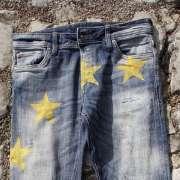 """Projektowana jest kolekcja unijnej odzieży """"patriotycznej"""" [+FOTO]"""