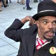 Czarnoskóry uczestnik Marszu Niepodległości rozważa pozwanie Verhofstadta