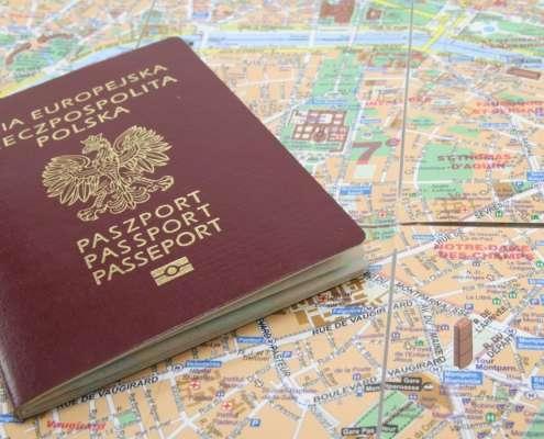 Poseł PiS chce wprowadzić możliwość zakupu polskiego obywatelstwa