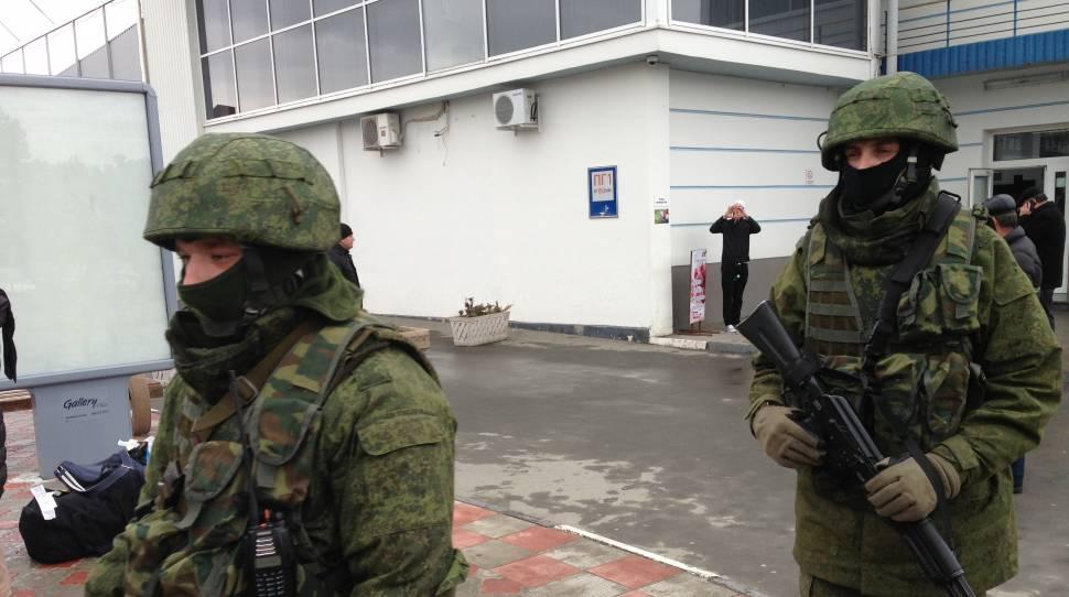 Były minister obrony Ukrainy: Na Krymie na stronę Rosji przeszło 10 tysięcy żołnierzy