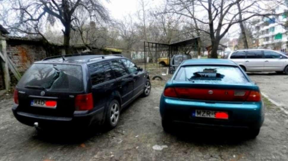 W Berehowie za Zakarpaciu niszczono samochody na węgierskich rejestracjach