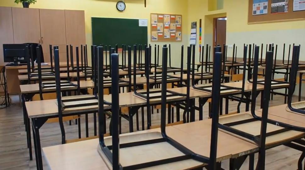 ZNP I OPZZ Rozpoczęły Strajk W Oświacie » Kresy
