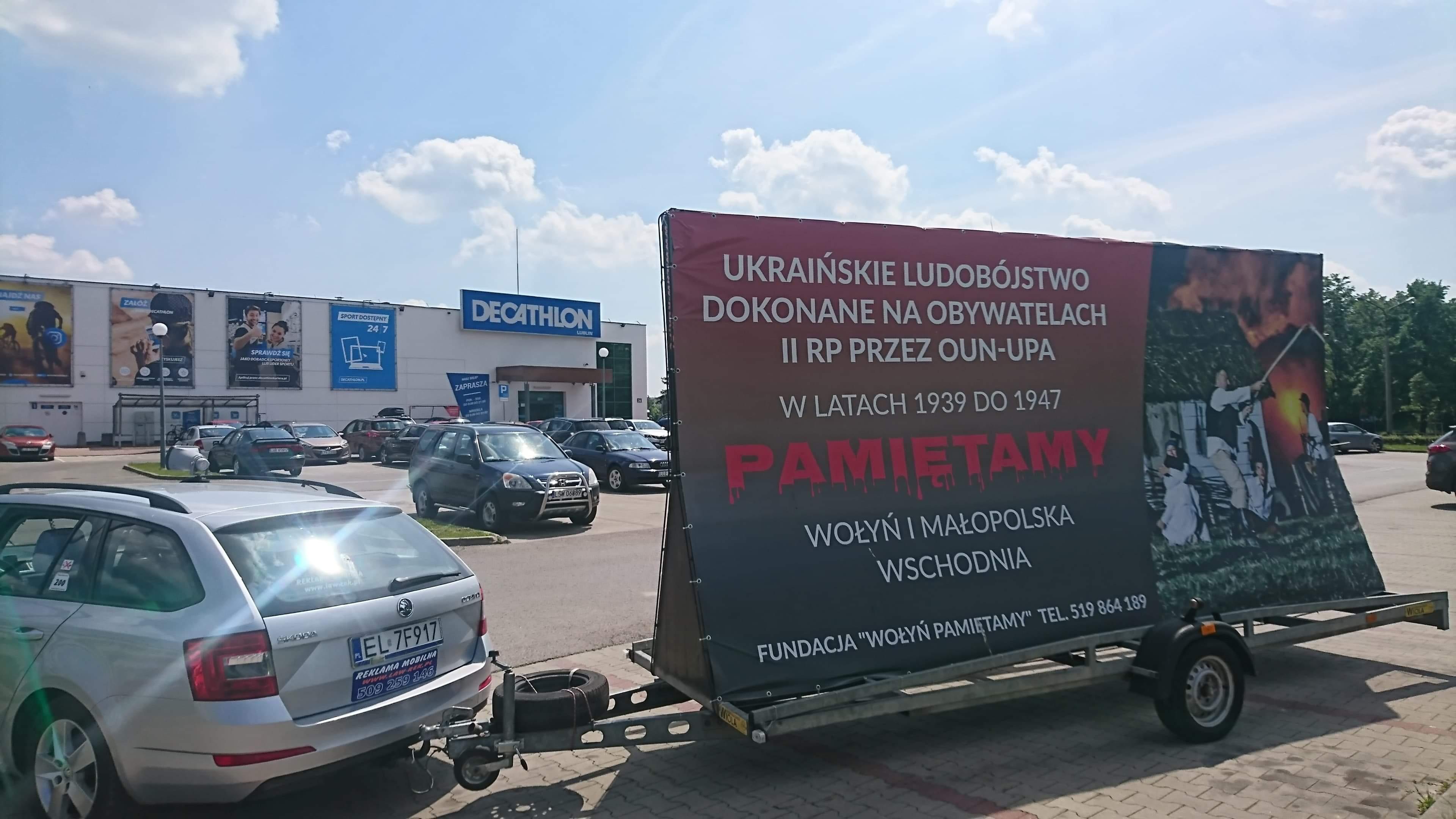 Kampania informująca o ludobójstwiena wołyńsko-małopolskim w Lublinie. Fot. Fundacja Wołyń Pamiętamy