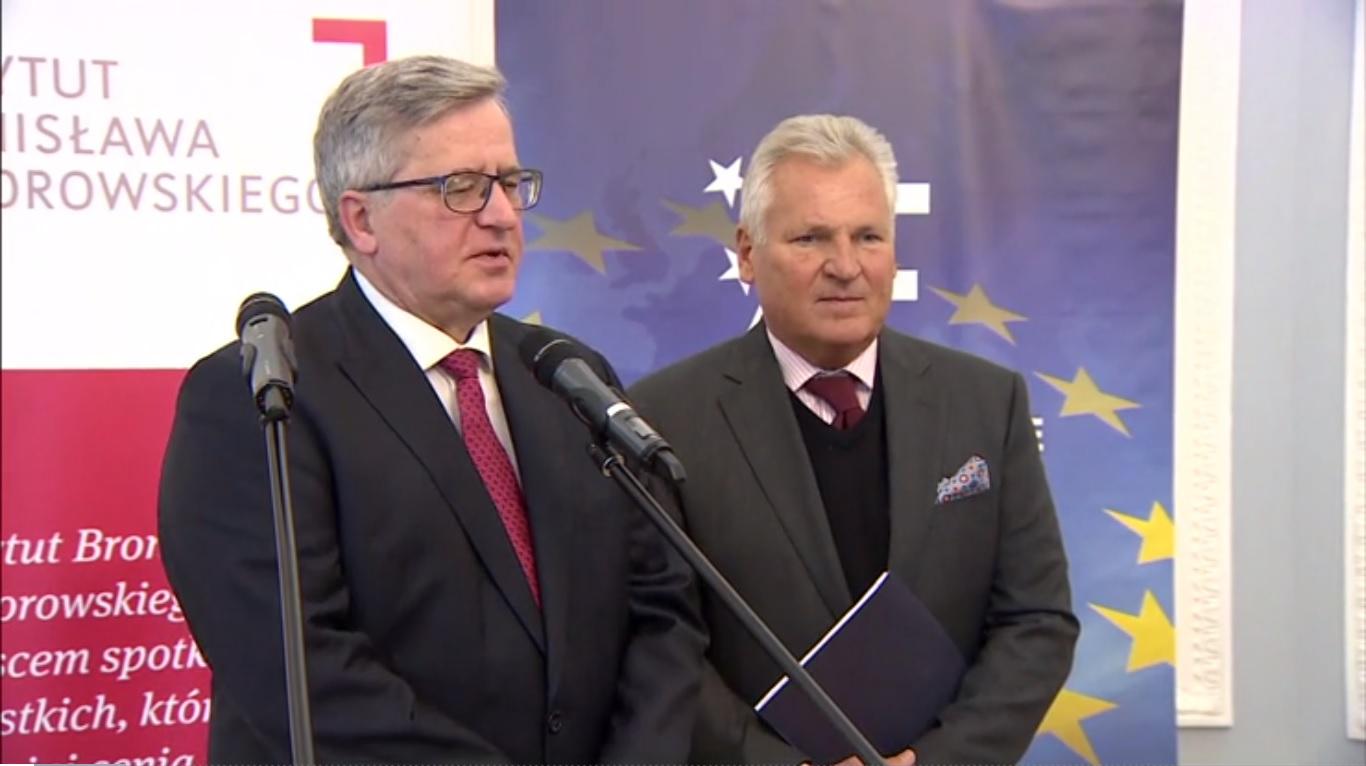 Komorowski i Kwaśniewski wezwali Polskę do otwarcia się na imigrantów » Kresy
